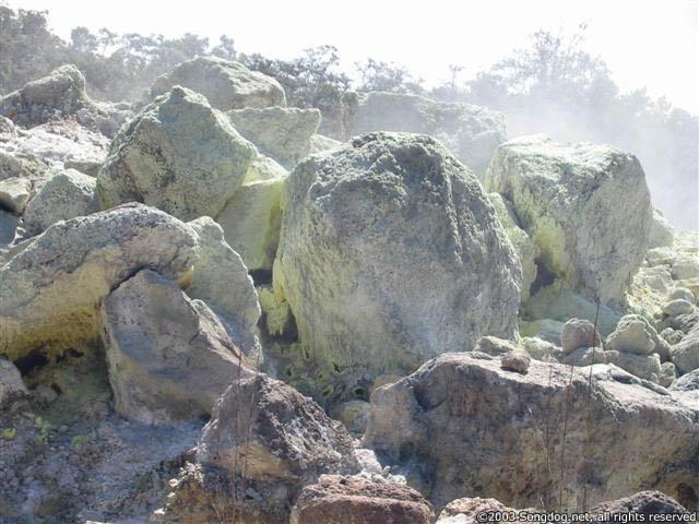 Sulferous Rocks